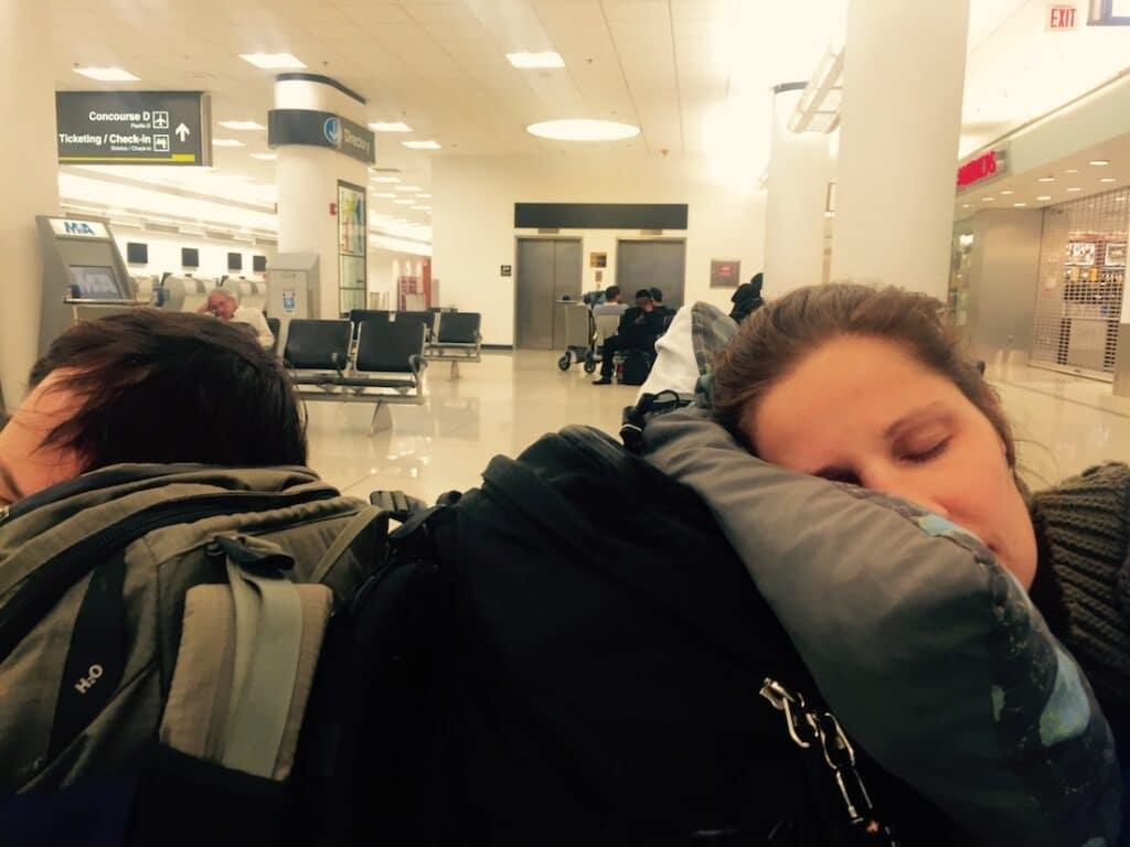 Beetje tukken op het vliegveld
