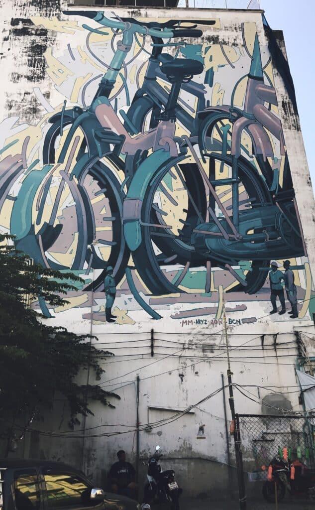Street Art gemaakt door een Spanjaard voor het jaarlijks terugkerend Bukruk Street Festival