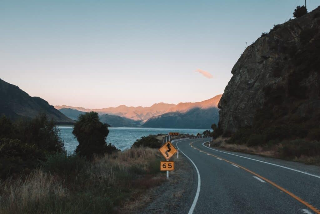 Raodtrip Nieuw-Zeeland; eindeloze bochten
