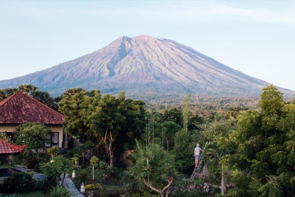 Wakker worden met deze view op Mt. Agung