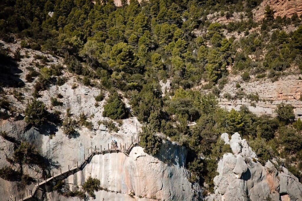 Trap langs de berg