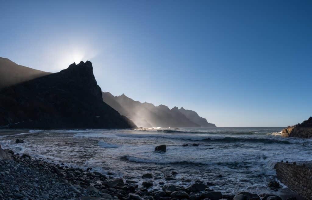 De Reizigers Tenerife zonsondergang baai
